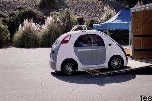 سيارات جوجل ذاتية القيادة تتسبب في حوادث مرور بكالفورنيا