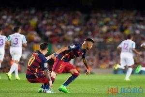 لاعبو الأهلي يشاهدون مباراة برشلونة و مالاجا في كامب نو