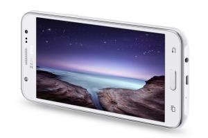 تعرف على مميزات و عيوب و مواصفات هاتف سامسونج Samsung Galaxy J5
