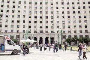 مجمع التحرير في انتظار «الإخلاء» لرفع الضغط عن «وسط البلد»