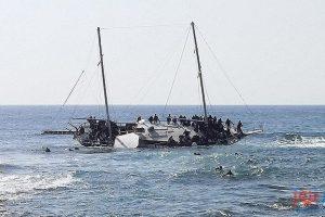 مصرع شخصين بينهم طفل في غرق قارب قرب جزيرة ليسبوس اليونانية