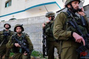 جيش الإحتلال تغلق محيط نابلس وتجعلها منطقة عسكرية