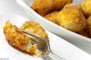 طريقة عمل كرات البطاطس الشهية محشية بالجبن في المنزل