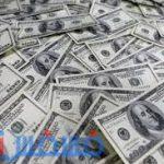 سعر الدولار يواصل الاشتعال في نهاية اليوم في السوق السوداء وشركات الصرافة المصرية