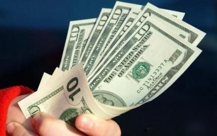 أسعار الدولار اليوم في مصر داخل البنوك والسوق السوداء