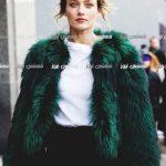 الشياكة والجمال في ارتداء المعطف الفرو لهذا الشتاء