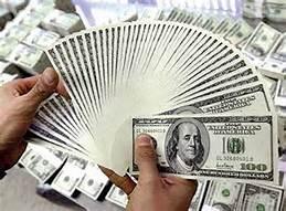 منذ أربعة شهور سعر الدولار ينخفض لأقل من ١٨ جنية