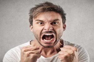 الأضرار التى تصيب الإنسان وقت الغضب