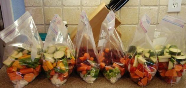 كيفية حفظ الخضروات لفترات طويلة وطريقة إعادة استخدامها