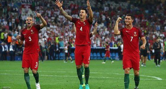 تعرف علي المباراة الأولي من نصف نهائي كأس القارات