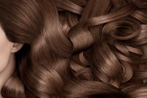 كيفيه معالجه الشعر التالف من الصبغه في المنزل