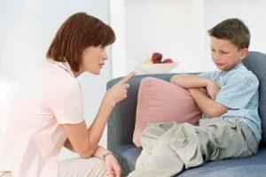 طريقة التعامل مع الطفل الكذاب
