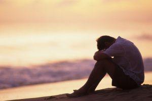 تعرف علي أسباب الإكتئاب و أعراضه و كيفية علاجه