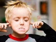 نصائح وحلول تتعاملين بها مع طفلك العنيد