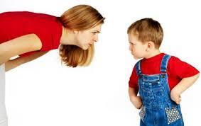 كيف تتعاملين مع الطفل العنيد