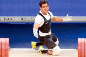 """تتويج البطل الأوليمبي """"محمد إيهاب"""" ب ٣ ذهبيات في البطولة الأفريقية للكبار لرفع الأثقال"""