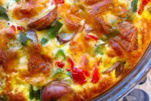 طريقة عجة البيض بالخضروات بالفرن