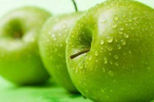 التفاح الأخضر وفوائده الصحية لجسم الإنسان
