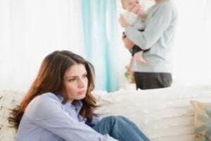 تعرفي علي أعراض الاكتئاب بعد الولادة