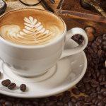 إلي عشاق القهوة … كيف تصنع رغوة  الكابتشينو