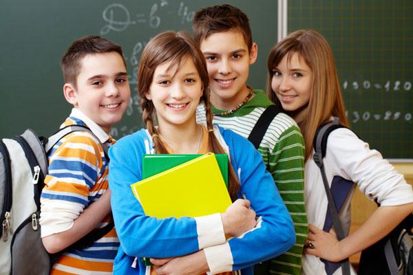 كيفية التعامل مع المراهق