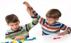 أسباب وعلاج العنف عند الأطفال