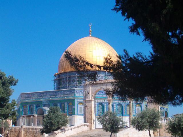 انتهكات الاسرائيلين في القدس