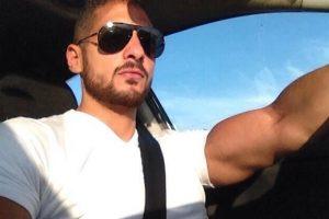 تسلم جثمان المذيع الراحل عمرو سمير اليوم