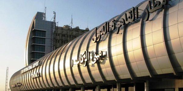 – حادثة انقطاع الكهرباء عن مطار القاهرة
